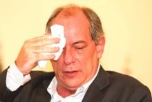 Oportunista e na tentativa de ocupar espaço da esquerda, Ciro agora detona Lula