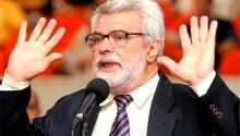 """Parlamentar petista diz que PT roubou para alimentar os """"imbecis"""" (veja o vídeo)"""