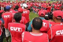 Funcionários da CUT ameaçam deflagrar greve