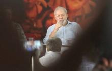 """Em reunião sigilosa, PT se rende e decide não """"bater"""" mais no Judiciário"""