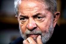 Juíza consente que senadores vistoriem cela, mas não autoriza encontro com Lula