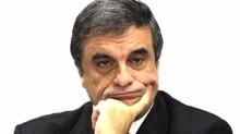 Quem diria? Ex-ministro petista é quem sai em defesa de Aécio