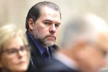 Defesa de Lula roga a Toffoli que retire processos de Moro