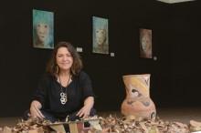 Andrea Luz - traço e gesto divinos nas mãos da artista