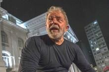 """Militantes abrem mão da """"mortadela"""" e fazem greve de fome por Lula"""