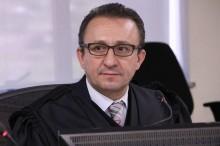 """Quem é o petista Rogério Favreto, o """"magistrado"""" que tentou soltar Lula na marra"""