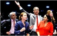 """O esfacelamento da """"bancada da chupeta"""" no Senado e o surgimento de mais um partido nanico"""