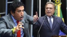 """Magno Malta anuncia que """"o capitão está vivo"""" e destrói Álvaro Dias (Veja o Vídeo)"""