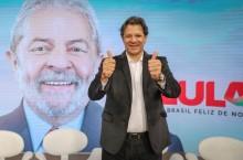 """Poste se despe da decência e revela que Lula será o """"presidente"""" (Veja o Vídeo)"""