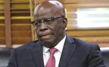 O homem que se acovardou, fugiu da luta contra a corrupção e agora avaliza a quadrilha