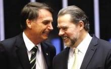 Dias Toffoli ganha aplausos de Jair Bolsonaro e revolta petistas