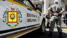 A estupidez de um estúpido usando a honrosa farda da Brigada Militar do RS