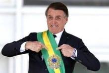 """Se ainda não é um """"mito"""", Bolsonaro vai ser!"""