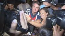 Folha, cega na era PT, consegue identificar infração em passeio de moto de Bolsonaro