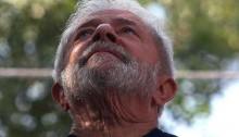 """Lula recebe convite para evento de estudantes e explica em carta que está """"proibido"""" de comparecer"""
