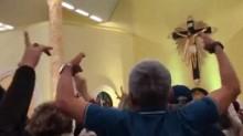 Em ato em igreja do PE, membros fazem culto Lula Livre e debocham de Deltan Dallagnol (veja o vídeo)