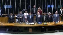 Câmara faz patética e vexatória sessão solene em homenagem aos 50 anos do Jornal Nacional
