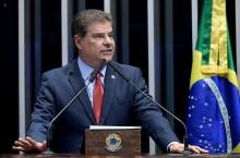 Senador que preside Comissão de Relações Exteriores é envolvido em suposta compra de sentença judicial