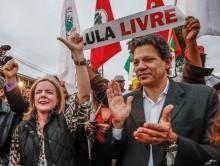 Vergonha: Gleisi diz que Lula pode estar hoje na vigília Lula Livre e poste pede suspeição de Moro