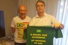 """Hang: """"Dizem que o Brasil está retrocedendo. Devo concordar. Estamos retrocedendo o desemprego, a violência e a corrupção!"""""""