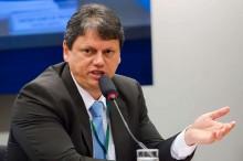 """Tarcísio cumpre 100% das metas e anuncia planos para 2020: """"Me desculpem os pessimistas, o Brasil vai dar certo"""""""
