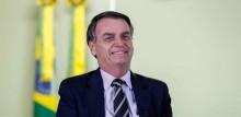 """Bolsonaro comemora o maior repasse da história do Bolsa Família: """"Compromisso Honrado"""""""