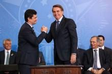 """Bolsonaro afirma que o Brasil """"estará em boas mãos"""" se Sérgio Moro disputar as eleições em 2022"""