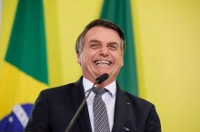 """Vendas crescem e Bolsonaro ironiza Globo: """"de vez em quando, eles falam a verdade"""" (veja o vídeo)"""
