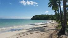 Conheça Inema, a praia da Bahia onde Bolsonaro passa férias (veja o vídeo)