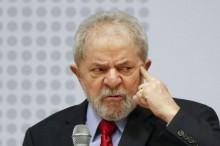 Lula agora usa aparelhos para surdez, mas sua maior dificuldade permanece