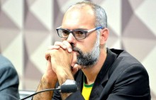 """Jornalista resolve finalmente desobedecer a """"Ditadura da Toga"""" e não atende ao STF"""