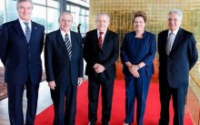 """O """"oportunista-vírus"""" e o """"sem-noção vírus"""": PT propõe conselho de ex-presidentes para ajudar na crise"""