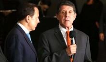 """Bolsonaro e Heleno cobram que """"médico de Doria"""" revele o segredo de sua cura do Covid-19 (veja o vídeo)"""
