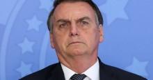 """Bolsonaro detona arruaceiros: """"Quem promove o caos, queima a bandeira, usa da violência é terrorista!"""""""