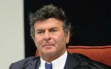 Fux não decide e enrola a questão da perícia no telefone do advogado de Adélio