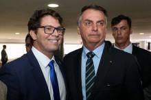 Mário Frias concede 1ª entrevista após a posse e confirma posição firme (veja o vídeo)
