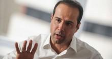 Fundador da Ricardo Eletro é solto e promete live para explicar tudo...