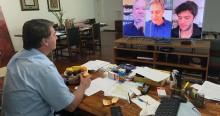 Bolsonaro prestigia a 'superlive' com Lacombe, Coppolla e Garcia (veja o vídeo)