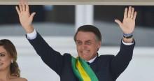 """Bolsonaro dispara e se aproxima de 40% de """"ótimo"""" e """"bom"""", aponta pesquisa"""