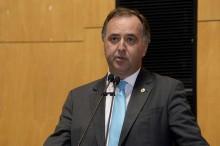 Deputado relator do impeachment de Carlos Moisés, é flagrado ofendendo magistrados