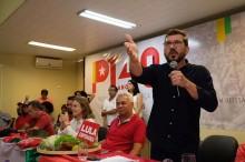 """Deputado, candidato do PT a prefeito, após 'agredir' mulher, apresenta justificativa """"esfarrapada"""" (veja o vídeo)"""