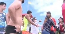 Jornalistas de afiliada da Globo são expulsos de praia em SC (veja o vídeo)