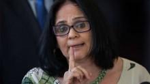 """Damares Alves detona """"fake news"""" de O Globo: """"Matéria enviesada e mentirosa"""""""