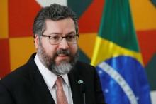 """""""Ernesto Araujo é a grande muralha contra os interesses capitaneados pela China"""", alerta jurista (veja o vídeo)"""