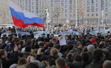 Rússia prende milhares por protesto contra a prisão de opositor de Putin