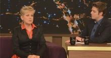 """Xuxa e Porchat atacam eleitores de Bolsonaro: """"Babacas e sem noção"""" (veja o vídeo)"""
