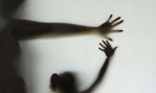 """A raiz da perversa normalização da pedofilia: Um plano maligno que avança fomentado pela """"elite"""""""