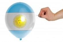 Tango da morte na Argentina: quarentena sem fim, roubo de vacinas e as decisões desastrosas de Alberto Fernández