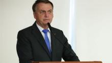 """Lamento os 'superpoderes' que o Supremo Tribunal Federal deu a governadores e prefeitos"", afirma Bolsonaro"