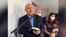 """Ministro da Educação visita familiares das vítimas de Saudades: """"Ele enxugará dos seus olhos toda lágrima"""""""